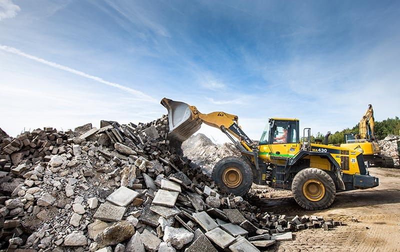 Abfallentsorgung und Recycling von Schutt und Müll